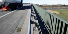 Mostné odvodňovače